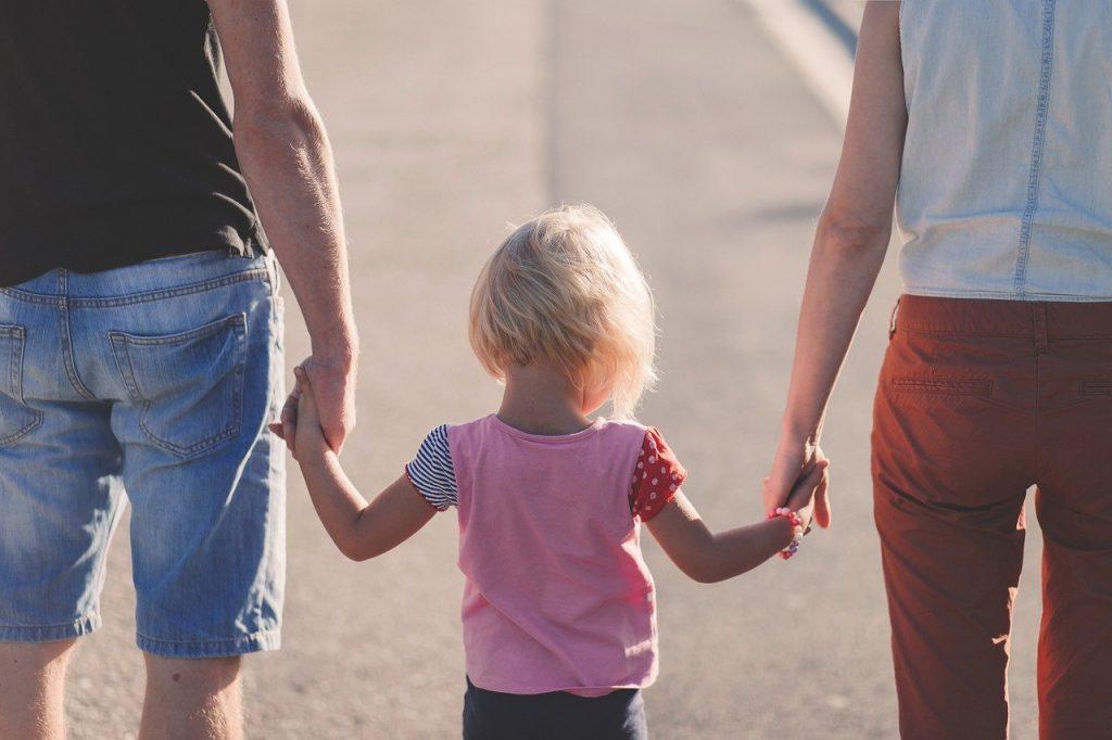 Elternzeit und Elterngeld Ratgeber. Wie beantrage ich Elternzeit und wer kann Elternzeit überhaupt in Anspruch nehmen?